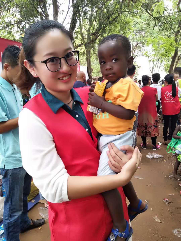 我在安哥拉参加志愿者活动