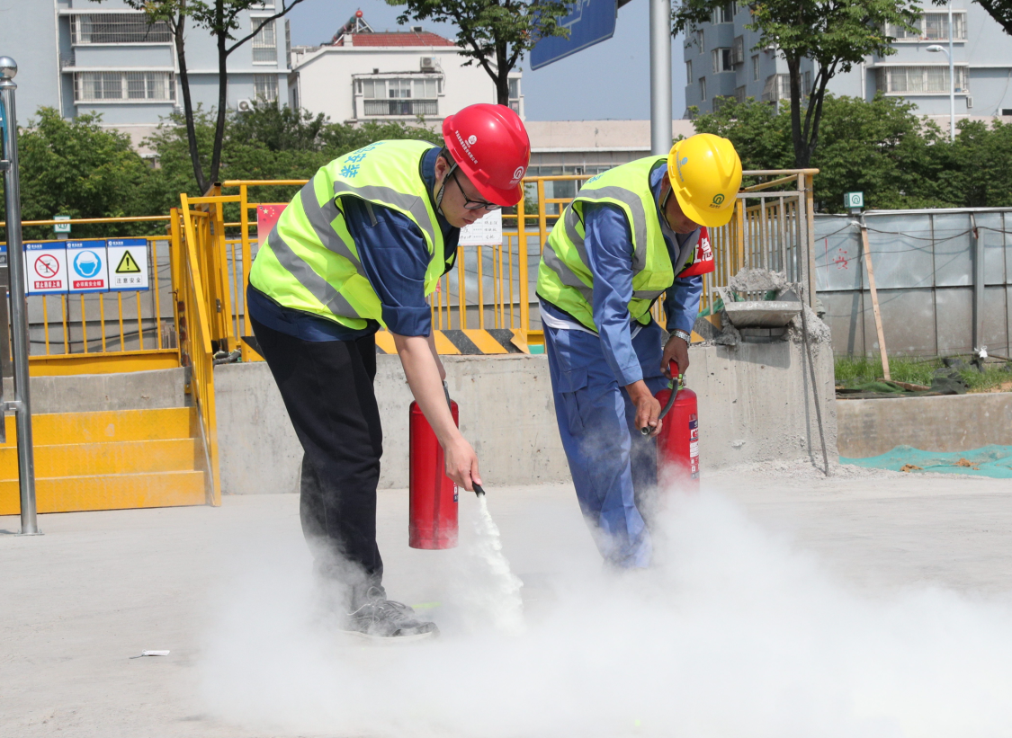 防风险 除隐患 遏事故 ----公司举行安全生产事故应急救援综合演练活动